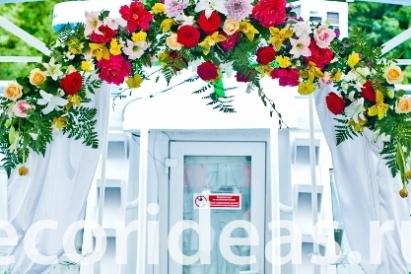 209f321f2ea68 Свадебная арка из цветов на теплоходе, цена в Москве,купить ...